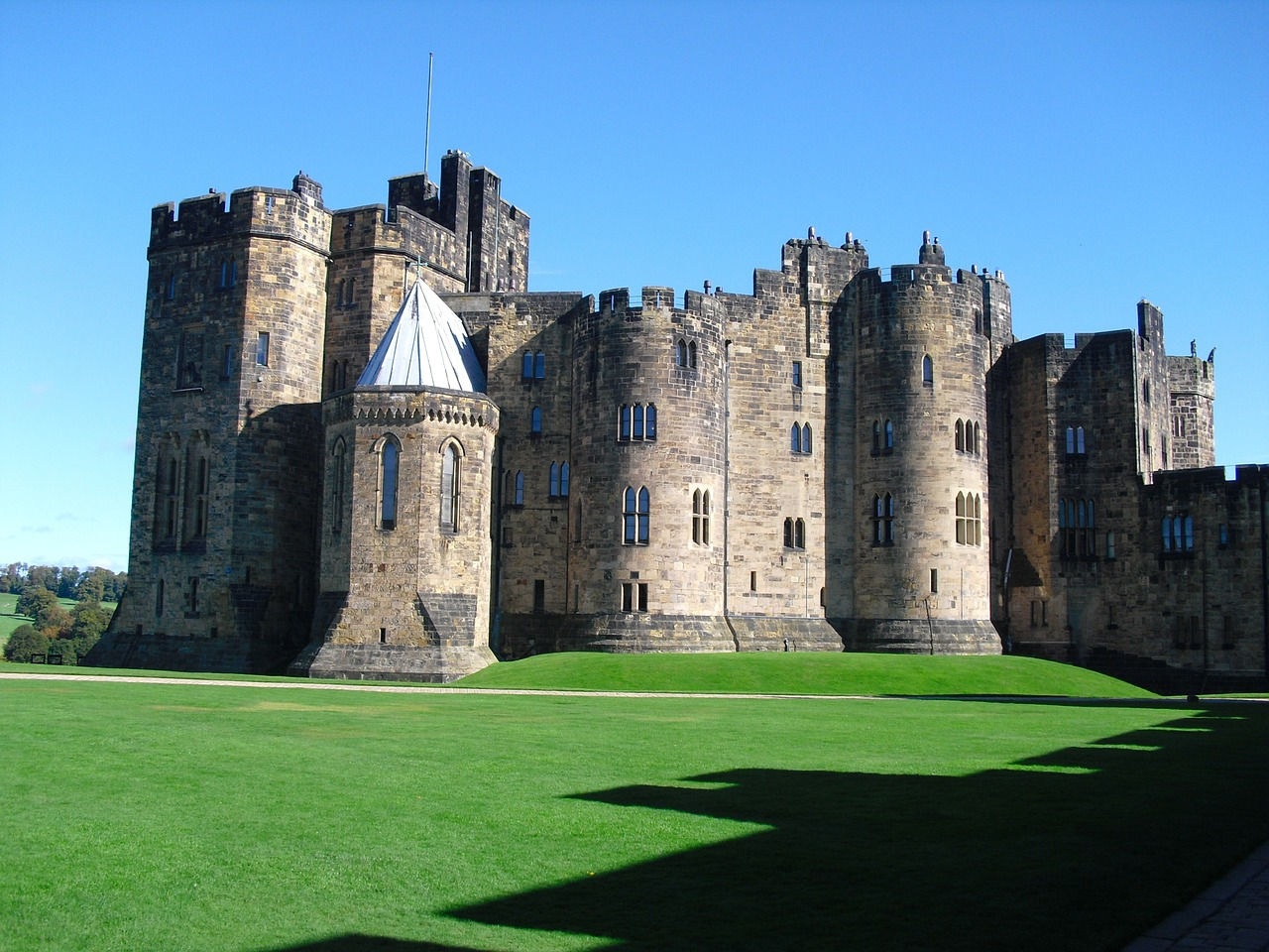 things to do in northumberland alwnick castle