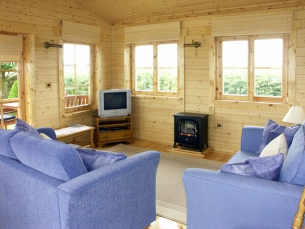Thornlea lodge north yorks moors for Log cabins for sale north yorkshire