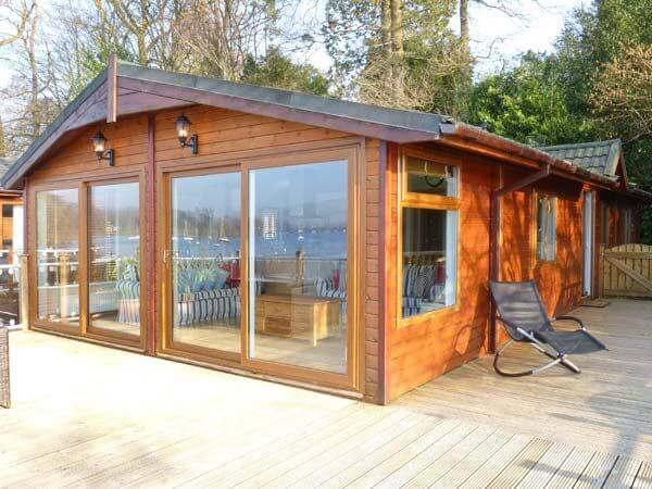 Lodge on the lake windermere