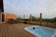 Old Spot log cabin, Westward Ho, North Devon hot tub