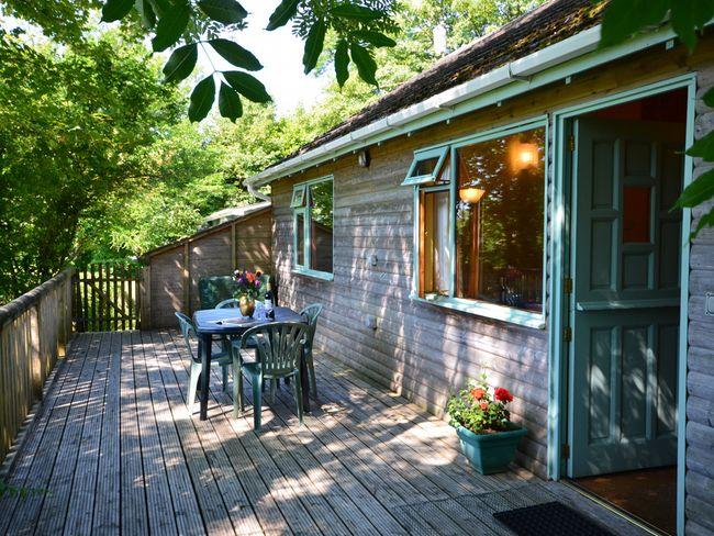Perriwinkle log cabin Bude North Cornwall