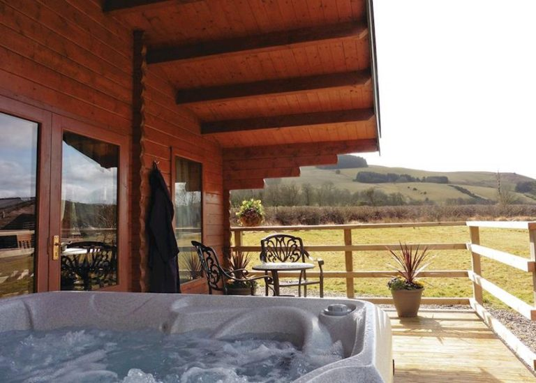 Mill Meadow Lodges Outdoors