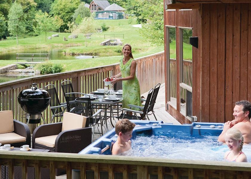 Penvale lakes lodges llangollen north wales - Holiday homes in somerset with swimming pool ...