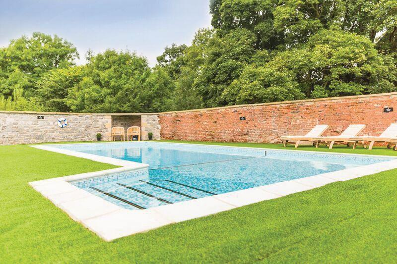 Ribblesdale lodges swimming pool - Holiday lodges with swimming pools ...